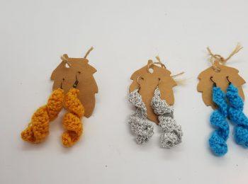 crocheted twirl earrings