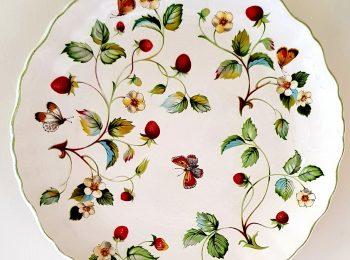 wild strawberry plate